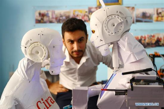 Egyptian engineer invents robot for COVID-19 diagnosis, medical care